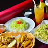 カラハーイ - 料理写真:待ち時間やLIVE中に食事を楽しめます!