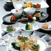 旬のお野菜を使ったお料理やコース料理をご用意しております♪