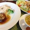 Prima Cottage - 料理写真:2013.10.30のランチ 鶴形牛のハンバーグ(ランチメニューは1種類 週替わり)