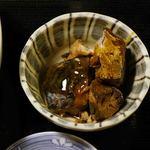 博多魚がし - カツオの煮物かな?