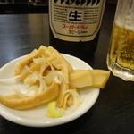 餃子菜館 大八 - お通しのメンマ