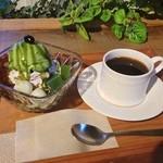 カフェエデン - 和パフェと珈琲のセット