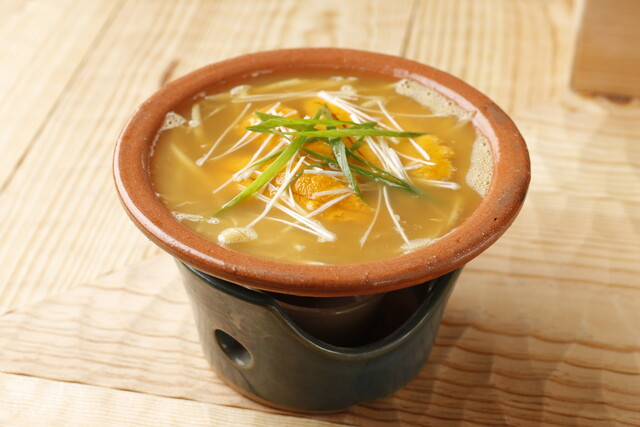 https://tabelog.ssl.k-img.com/restaurant/images/Rvw/22280/640x640_rect_22280502.jpg