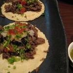 エル コマル メキシカンキッチン - 料理写真:タコス