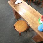 宮川製麺所 - 一人用の隙間席