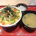 築地食堂源ちゃん - 海鮮あられ丼