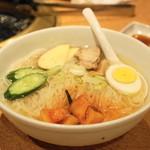 焼肉問屋 牛蔵 - 冷麺(504円)
