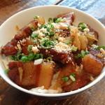 ゴンゴン - 豚と高菜の甘辛炒めごはん
