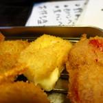 ホンアツ酒場 - チーズ100円