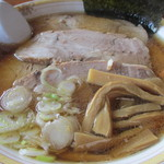 Chuukasobadokorokompirasou - 料理写真:850えん チャーシューメン(指定:こってり)2013.10