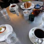 cafe KO-BA - テーブル