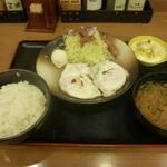 チキン亭 - 目玉焼き朝食