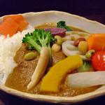 香希 - 野菜カレー(中辛・白米・普通盛り)