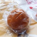 定山渓物産館 - おまんじゅう70円