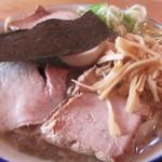 ケンチャンラーメン - 料理写真:730えん 中華そば(小)+チャーシュー2枚増し2013.10