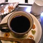 クローバー - コーヒーはおかわりもいただけます。
