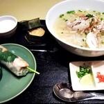 ニャー・ヴェトナム - フォーランチ(蒸し鶏のフォー)