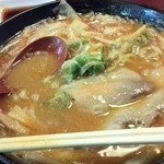 八味一心 - 辛味噌ラーメン(麺多め)   あっと^^;ちょっと食べてしまった(笑)