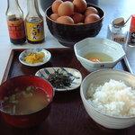 弁天の里 - たまごかけご飯(並)