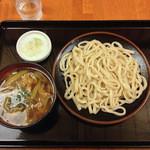 甚五郎 - 肉つけうどん