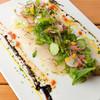 シュガー スプーン - 料理写真:毎朝、三崎港から仕入れられる旬の魚をテーブルにお届け。この時期はスズキをさっぱりとカルパッチョで。