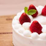 K's cafe  - ショートケーキは定番のイチゴ以外も季節のフルーツでお作りします。要予約。