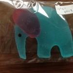 22507584 - ブルーピーチの象さん