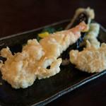 ろ - 天付き二色蕎麦の天ぷら