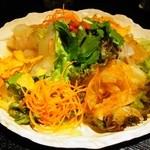 月あかり - 彩り刺身サラダ