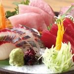 近畿大学水産研究所 - ★近大マグロと選抜鮮魚のお造り盛り合わせ