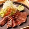 かこいや - 料理写真:【厚切り牛たんの炙り焼き】仙台に来たらこれ食べなきゃ!ジューシーに炭火で焼き上げた美味しさをお楽しみ下さい。