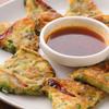 韓味館 - 料理写真:外はカリッ、中身はモッチリ『野菜チヂミ』