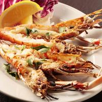 大田市場から鮮度のよい野菜や魚介を仕入れています