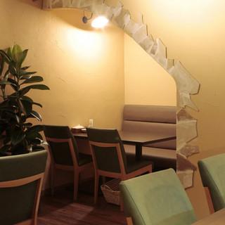 デートや同伴でのご利用に最適な特等席をご用意しております。