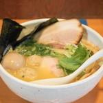 らーめん銀杏 - 鶏SOBA塩(700円)+トッピング全部のせ(300円)+大盛(100円)