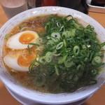 天天有 - ネギ増量、麺を平麺に変更、コッテリ(背脂と唐辛子入) 2012-10-05訪問時
