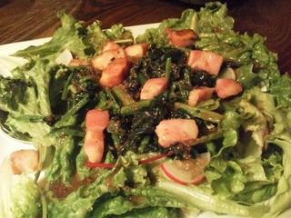 カーヴ隠れや - ベーコンとほうれん草のサラダ(コース2)