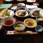 魚好人一休 - 日替り定食