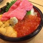 北の漁場 - ミニ海鮮丼