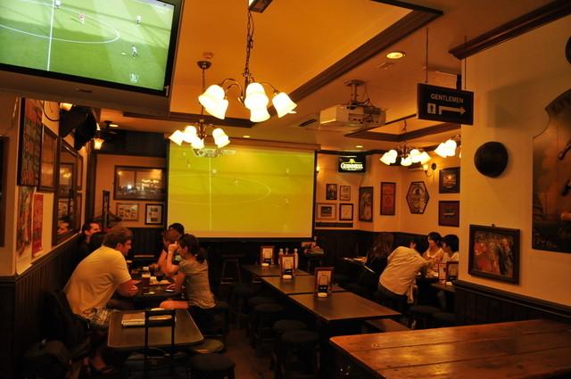 MLB cafe TOKYO(エムエルビーカフェトウキョ …
