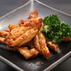 赤から - 料理写真:鶏せせり焼はピリ辛でジューシー!人気メニューです。