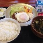 道の駅 三田貝分校 - 給食風日替わりランチ