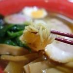 宇味家 - (2013/10月)「支那そば」(650円)の麺