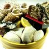 もんきち商店 - 料理写真:かき、つぶ、ほたて、かに!魚介浜焼き2人前980円