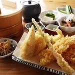 天吉屋 - 天ぷら定食!