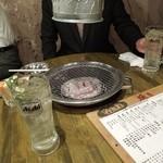 立ち焼きカルビ - テーブル上焼き台の画 H25.4