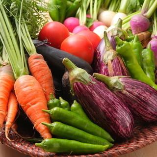 京野菜を使った料理やカクテルで、体も心も元気になれそう!