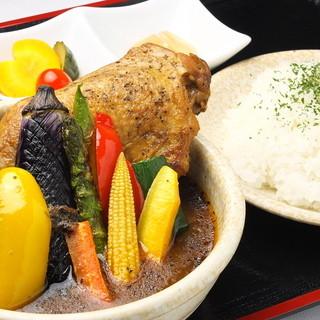 毎朝市場より新鮮な鎌倉野菜を仕入れております。