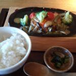 響 - 豆腐ハンバーグ