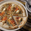 ワイアードキッチン - 料理写真:ゴルゴンゾーラ・モッツァレラ・カマンベール・ミモレットの4種のチーズをもちもちのピザ生地にのせて。